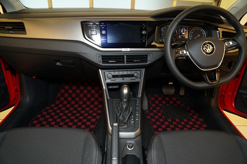 VW ポロ フロアマット